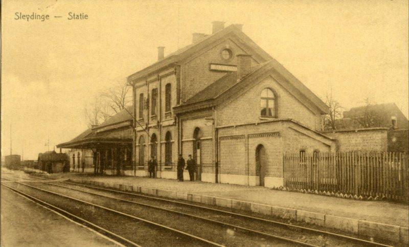 gares belges - cartes postales anciennes
