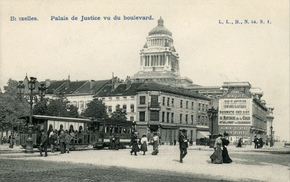 Bruxelles - Palais de Justice - Tramway